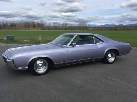 NICE 1968 Buick Riviera for sale